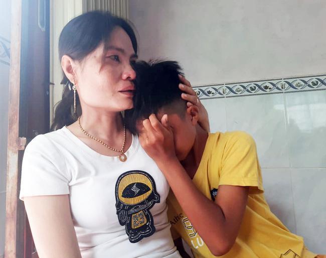 3 học sinh đạp xe 400km từ Cà Mau lên Sài Gòn: Nỗi lòng cha mẹ đi làm ăn xa