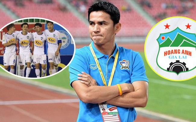 HLV Kiatisak không mang cựu danh thủ Thái Lan sang HAGL