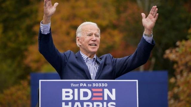 Ông Joe Biden chi hơn 13 USD cho mỗi lá phiếu ủng hộ