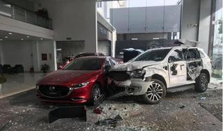 Nữ tài xế lao ô tô vào showroom, tông 1 người tử vong