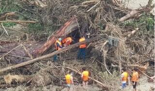 Bộ xương người tìm thấy trên sông Nước Xa là của nạn nhân vụ sạt lở núi