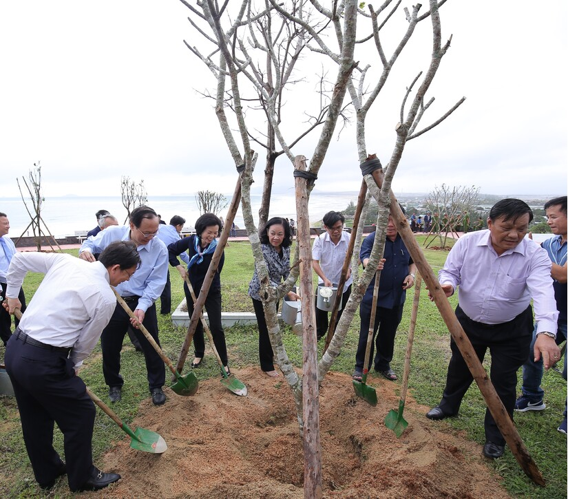 Những chiến binh xanh với nhiệm vụ đặc biệt bảo vệ môi trường.3