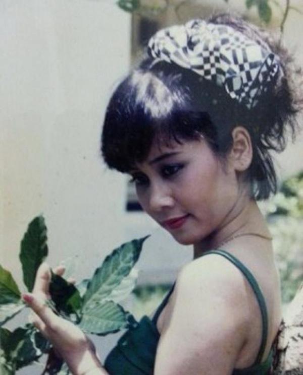Tuổi 56 của 'Táo bà' Minh Hằng và 2 cuộc hôn nhân không con cái