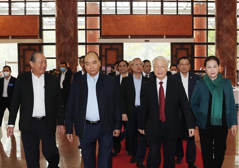 Đã có 1 Ủy viên Bộ Chính trị, 4 Bộ trưởng, nguyên Bộ trưởng và 7 sĩ quan cấp tướng bị xử lý hình sự