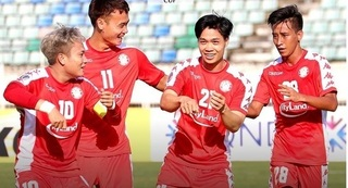 HLV TP HCM: 'Cầu thủ Việt Nam có ý thức chiến thuật tốt hơn Thái Lan'