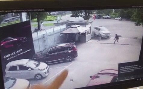 Vợ nạn nhân tử vong trong vụ nữ tài xế lao xe vào showroom lên tiếng