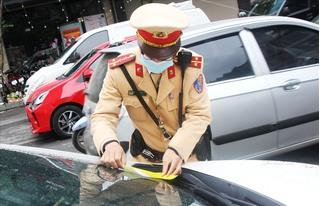 CSGT Hà Nội phạt 236 trường hợp trong ngày đầu thực hiện phạt nguội