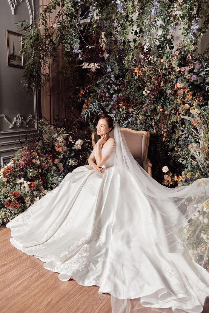 NSND Công Lý trả lời 'cực khéo' khi bị 'hỏi xoắn' việc mời người cũ dự lễ cưới lần 3