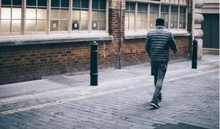 Người đàn ông đi bộ 420 km để giải tỏa bực tức sau khi cãi nhau với vợ