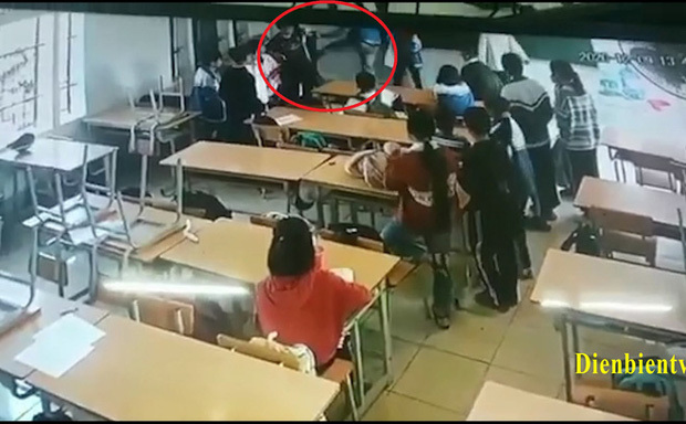 Điện Biên: Phụ huynh xông vào trường đấm, đá học sinh có mâu thuẫn với con mình