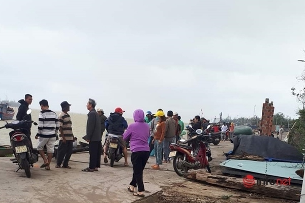 Tìm thấy 1 thi thể vụ hai anh em ruột mất tích trên sông Thu Bồn