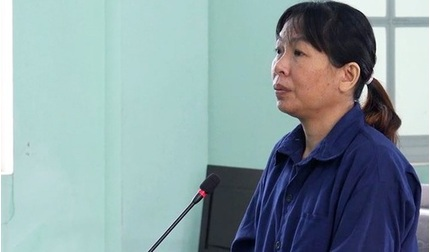 Nữ nhân viên y tế 'dỏm' chế vắc xin Covid-19 giả lĩnh án