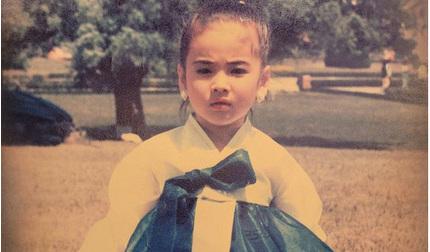 Xuýt xoa bức ảnh ngày bé chưa từng được công bố của Song Hye Kyo