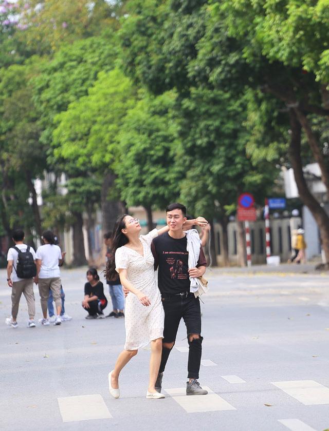 Hà Nội thử nghiệm mở thêm phố đi bộ