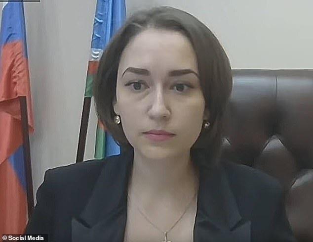 """Nghị sĩ Nga gây tranh cãi vì tuyên bố mải ngắm """"bộ ngực đẹp"""" của nữ bộ trưởng.8"""