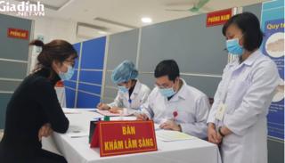 Tiêm liều gấp đôi vaccine COVID-19 thử nghiệm cho 3 tình nguyện viên