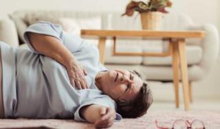 Đối tượng nào dễ bị đột quỵ, xử lý thế nào cho an toàn?