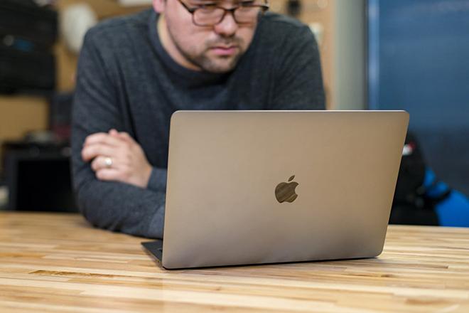 Danh sách những laptop phù hợp cho mọi ngành nghề năm 2020.6