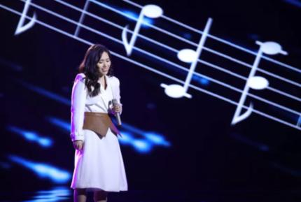 Vì sao Thuỳ Chi từng phải tạm dừng sự nghiệp ca hát?