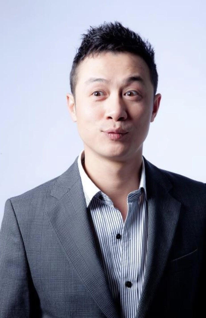 Noo Phước Thịnh và dàn sao biểu diễn trong Vũ khúc ánh sáng - Countdown 2021 chào đón năm mới.2