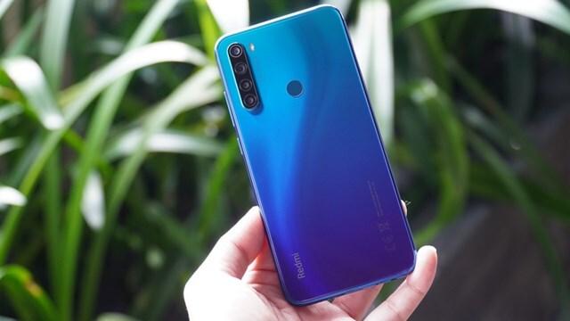 Top 10 điện thoại giá tốt đáng mua nhất năm 2020.7
