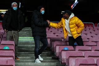 Messi ngán ngẩm nhìn đồng đội bỏ lỡ: Quyết chí rời Barca ngay tháng Một?