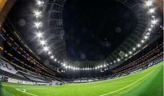 Không tạm dừng thi đấu giải ngoại hạng Anh vì Covid-19