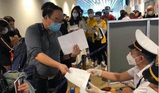 Covid-19: Bộ Y tế đề nghị dừng, hạn chế chuyến bay từ các nước có biến chủng mới SARS-CoV-2