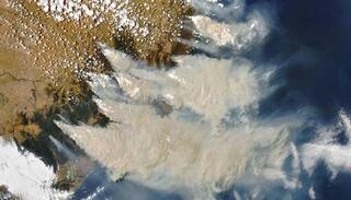 Những hiện tượng khiến hàng triệu người khổ sở trong năm 2020 qua ảnh vệ tinh NASA