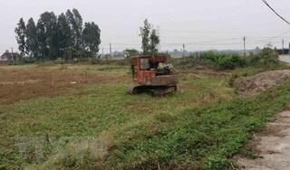 Bắc Ninh: Máy ép cọc đổ đè 2 cháu nhỏ tử vong