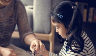 Trẻ nhỏ cũng có thể bị đột quỵ nhưng các dấu hiệu mờ nhạt nên dễ nhầm lẫn