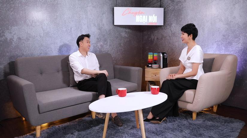 Dương Triệu Vũ: 'Hoài Linh sinh ra lúc gia đình có xe hơi, còn tôi sinh ra phải ở chuồng heo'