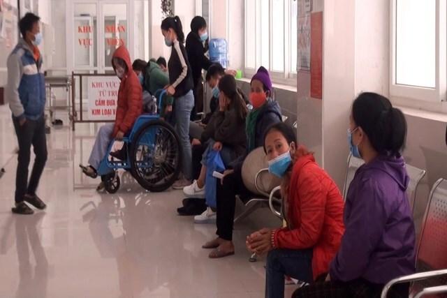 Trời rét hại, nhiều người già, trẻ em nhập viện