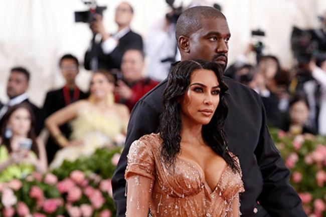 Kim 'siêu vòng ba' và rapper Kanye West ly thân