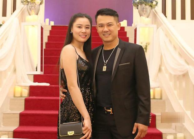 Vợ Vân Quang Long xin lỗi chồng và bố mẹ chồng sau loạt ồn ào đấu tố