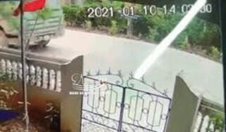 Kinh hoàng khoảnh khắc xe đầu kéo đấu đầu xe ben ở Ninh Bình