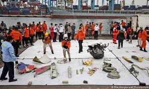 Máy bay Indonesia chở 62 người rơi: Công bố danh tính nạn nhân đầu tiên
