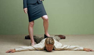 Người đàn ông giả chết để thoát cảnh bị vợ bạo hành suốt nhiều năm