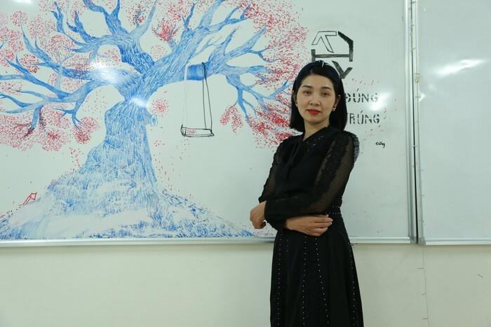 Sự thật chuyện 'phạt nội quy học sinh của cô giáo dạy Văn 'hot' nhất Hà Nội