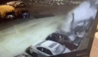 Xe Audi mất lái 'cày' nát hàng chục ô tô đang đỗ