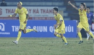 Hà Nội FC thảm bại trên sân Thiên Trường