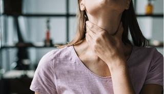 Dấu hiệu nhận biết và các giai đoạn của ung thư thanh quản