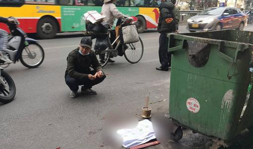 Thai nhi bị vứt bỏ cạnh thùng rác, ô tô đi đường đè trúng thương tâm - kết quả xổ số ninh thuận