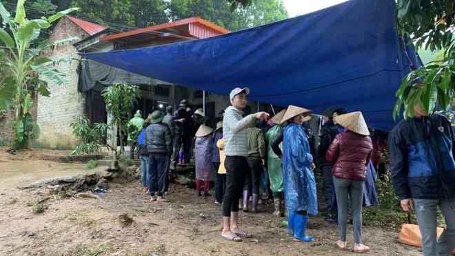 Phú Thọ: Mẹ đi vắng, 3 bố con tử vong trong căn nhà riêng
