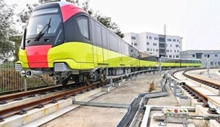Đoàn tàu đầu tiên của tuyến metro số 3 bắt đầu chạy thử