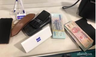 Tiếp viên hàng không trả lại bóp, túi xách có hơn 200 triệu đồng khách hàng để quên ngày cận Tết
