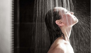 6 nguy hại đối với sức khỏe khi tắm vào mùa Đông