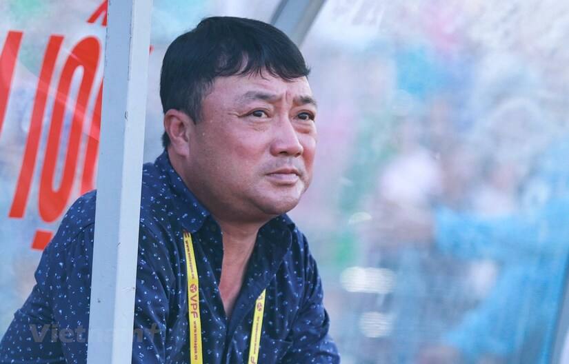 HLV Trương Việt Hoàng thất vọng với phong độ của đội nhà