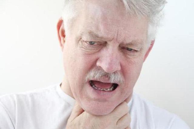 3 đặc điểm nhận biết bệnh nhồi máu cơ tim và 4 kiểu người tốt nhất nên đi kiểm tra