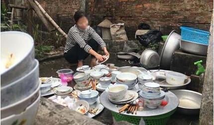Về nhà người yêu ra mắt, cô gái tuyên bố không rửa bát vì 'mới chỉ là khách'
